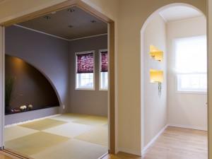 デザイン性のある床の間がある和室